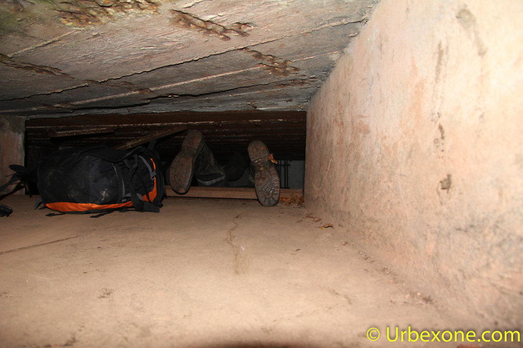 2014-10-wwII-bunker-big-one-4.jpg