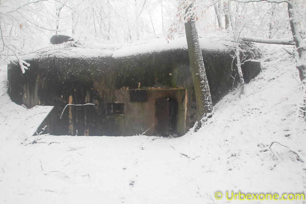2015-01-small-bunker-13.jpg