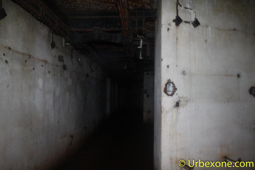 2015-01-big-bunker-wwII-14.jpg
