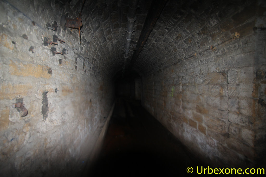 2015-01-big-bunker-wwII-17.jpg