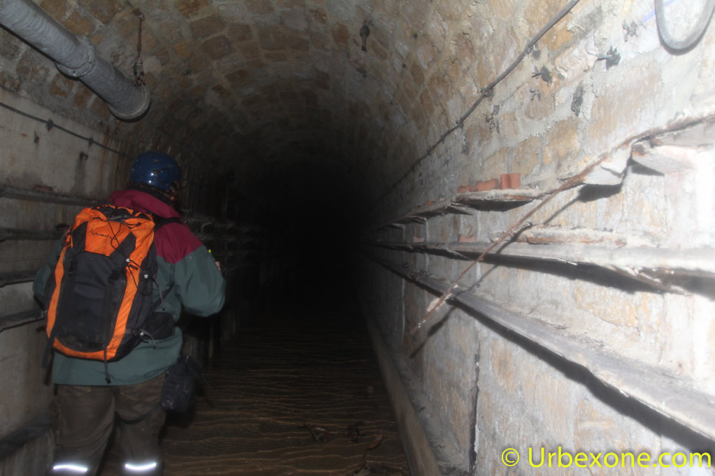 2015-01-big-bunker-wwII-21.jpg