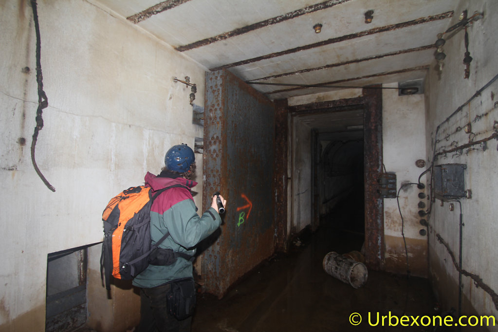 2015-01-big-bunker-wwII-56.jpg